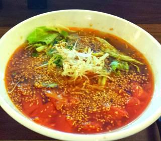 ピリ辛トマト担々麺