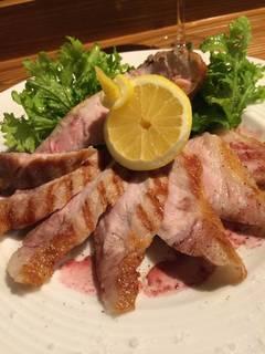 沖縄産アグー豚 Lボーンステーキ マデイラ酒ソース