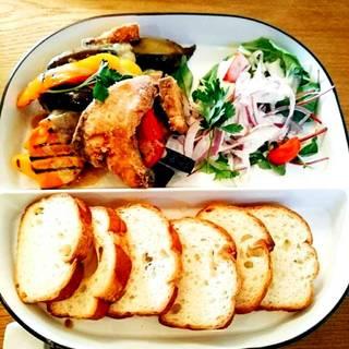鎌倉野菜と白身魚のランチ