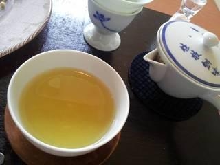 宇治煎茶・潤(うるおい)