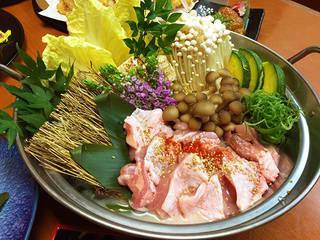 薩摩地鶏の九州風水炊き鍋