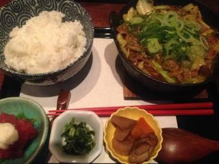 和風カレー風味 モツ鍋定食