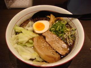 ターロー麺 黒