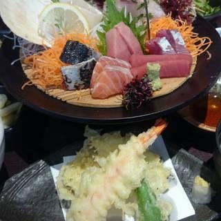 特選刺身と天ぷらランチ
