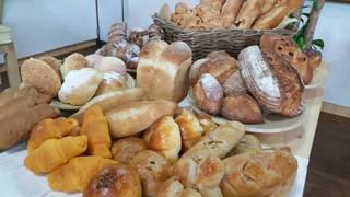 パンの食べ放題
