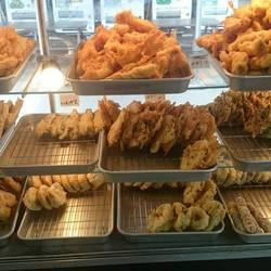 マカジキ(県産)、白身魚、いか、野菜、からしな、いも、田芋、紅芋、カボチャ、インゲン、ゴーヤー等