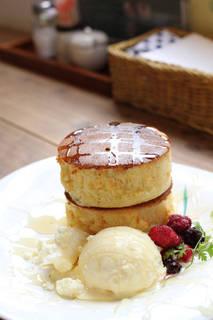 極厚パンケーキ