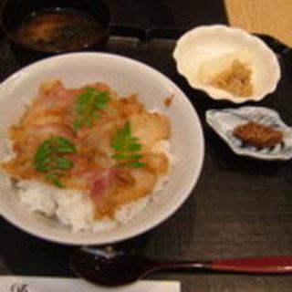 鯛の胡麻味噌丼