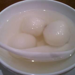 白玉だんごバラ風味