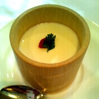 竹筒杏仁豆腐