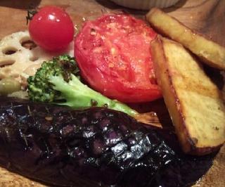 素材にこだわる本日の野菜ステーキランチ