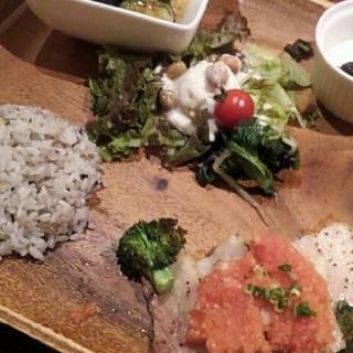 今月の肉料理ランチ