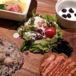 限定15食! 今月の肉料理ランチ