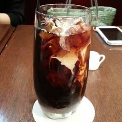 CAFE LA MILLE サンローゼ赤坂店