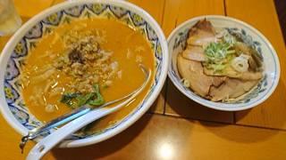 カレー担々麺と牛肉飯のセット