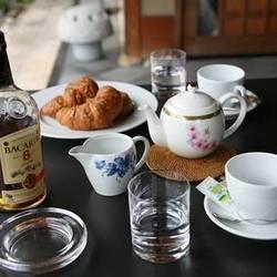 マカイバリ紅茶&クロワッサン