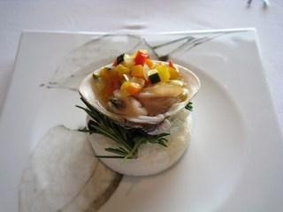 旬の蛤と小さな5食野菜のオーブン焼き プロヴァンス風