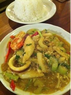 海鮮と野菜のカレー炒め