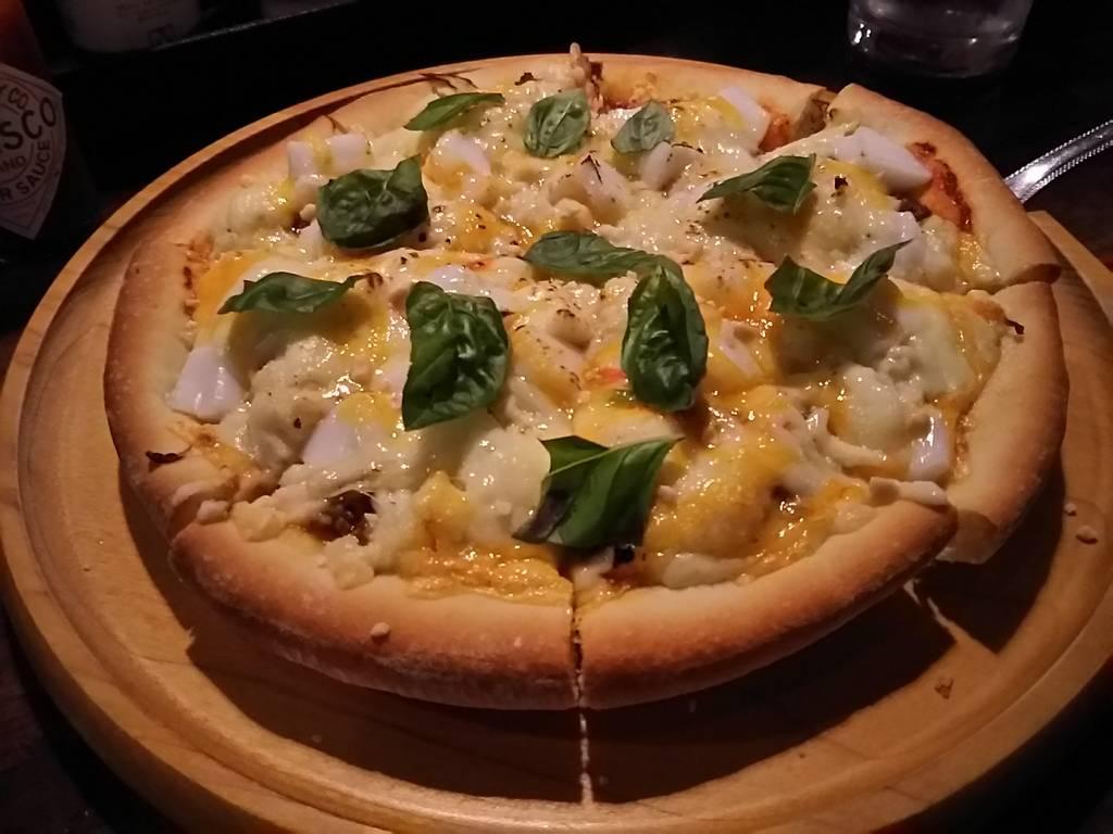 ジーマミグラタンピザ