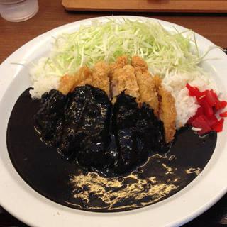 鶏カツ黒カレー