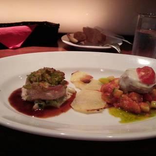 豚フィレ肉の三枚肉巻き2種ソース