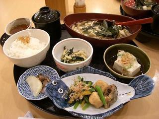 きのこ豆腐膳