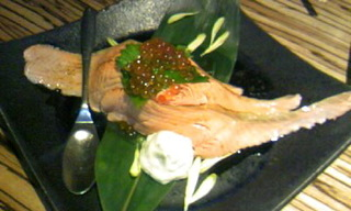 サーモン炙りとイクラの親子寿司