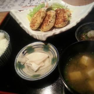 島豆腐のつくね定食