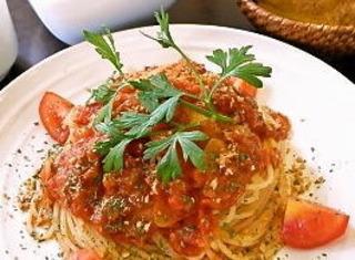 ガーリックトマトのパスタ