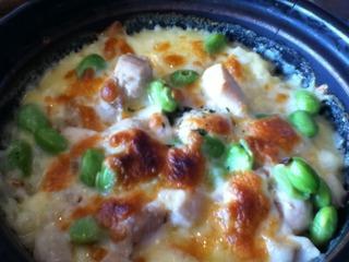 チキンと枝豆の濃厚チーズクリームドリア