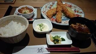 海老フライと鱈白子の豆乳味噌グラタン