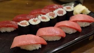 まぐろずくし寿司