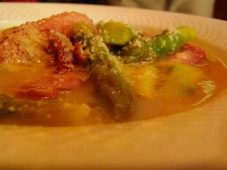 アスパラガスと鴨のスープ
