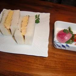 オムレツサンドイッチ