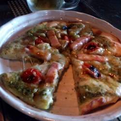 厚切りベーコンとトマトのpizza