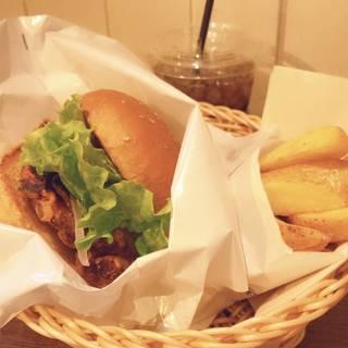 塩レモンチキンバーガー&フライドポテトセット