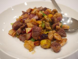 三浦野菜と鶏肉と砂肝の炒め物