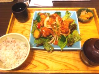 野菜サラダ風冷製鶏の南蛮漬け定食横井の赤酢入り