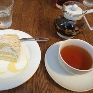 ガトーマロンと紅茶のセット