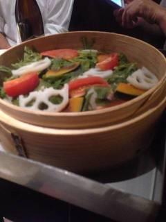国産豚とたっぷり野菜のせいろ蒸し~こだわりの国産豚とたっぷりの野菜を特製の大葉味噌ダレで~