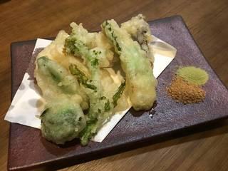 地場野菜の天ぷら盛合せ