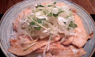 スタミナ豚バラ肉丼