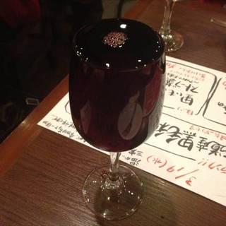 こぼれ赤ワイン