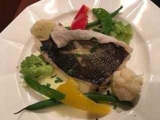 本日の鮮魚と旬野菜蒸し