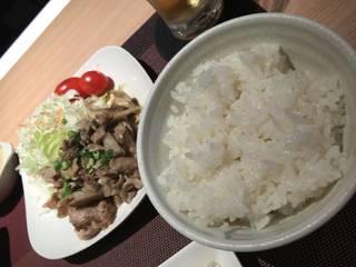 豚肉のバターポン酢炒め
