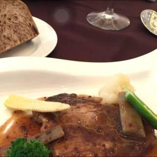 イベリコ豚のコンフィ マスタードソース