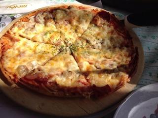空輸チーズのPIZZA