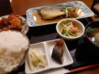 鯖みそ煮と鶏唐揚