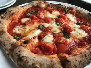 Bランチ(パスタorピザ)ビュッフェ・ドリンク付