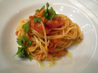 生うにとフレッシュトマトのスパゲッティーニ